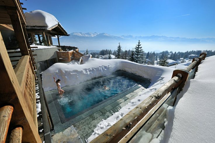 LECRANS HOTEL & SPA In the heart of Europe, Switzerland, Crans-Montana is situated at 2 hours from Geneva and 3 hours from Milano. Overlooking the station, LeCrans Hotel & Spa is a unique hotel in a chalet style only 100 meters away from the ski slopes and offering an amazing panorama on the Alps. LeSpa treatments Cinq Mondes® offers different types of treatments, massages as well as aquagym and powerplate.