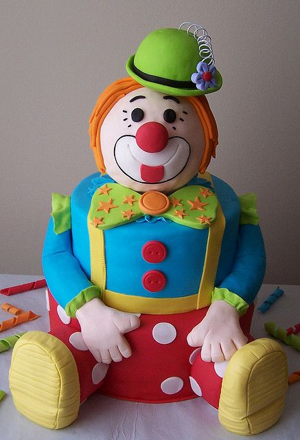 Clown Cake by cakespace - Beth (Chantilly Cake Designs), via Flickr