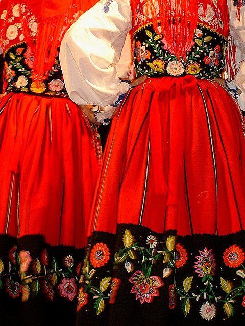 details : Traditional costume of Viana do Castelo - #Portugal