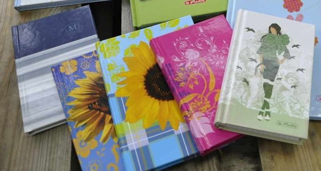carnetel de notite A6, diferite designe. art.-nr: 00991. Lei 9.-