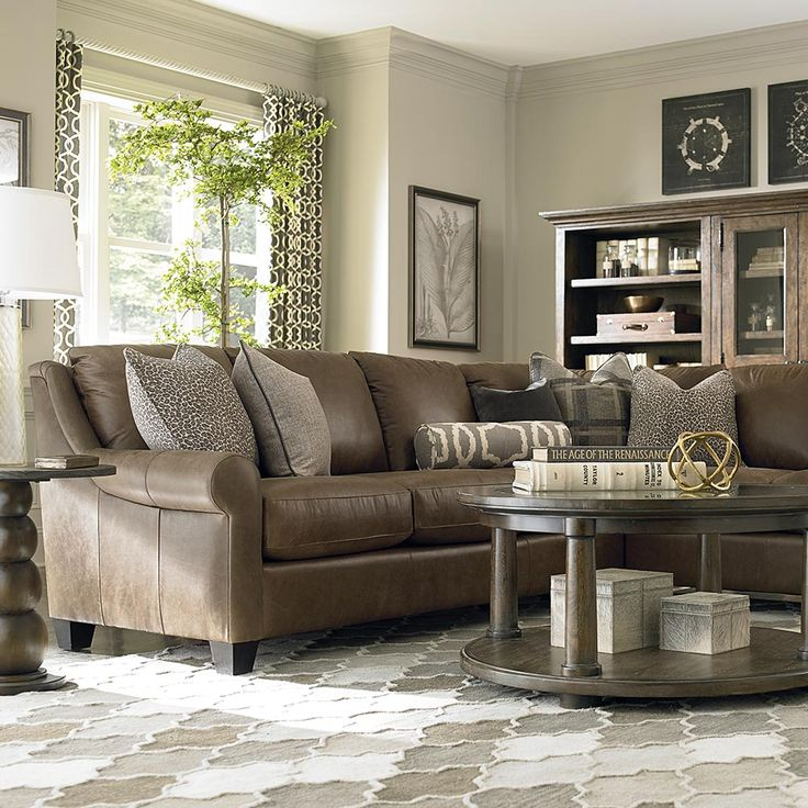 Living Room Ideas With Sectional Sofas: 1000+ Ideas About Leather Couch Decorating On Pinterest