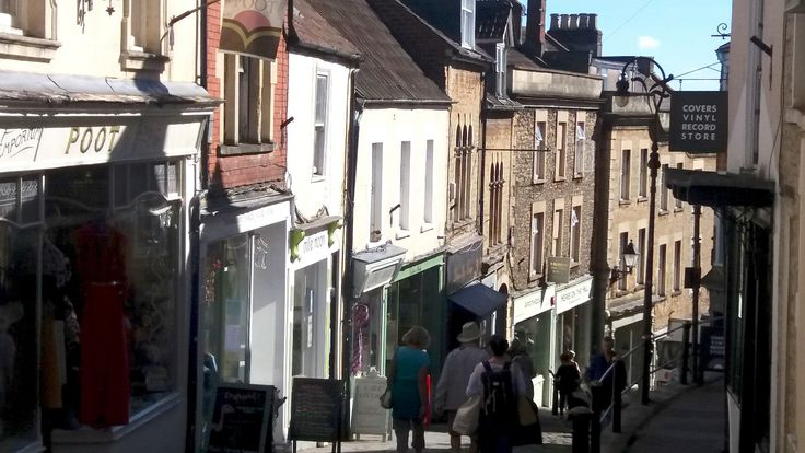 "https://flic.kr/p/M55nqo | Frome Somerset | An eclectic mix of independent shops on the steep and cobbled ""Catherine Hill"" in the Somerset town of Frome."