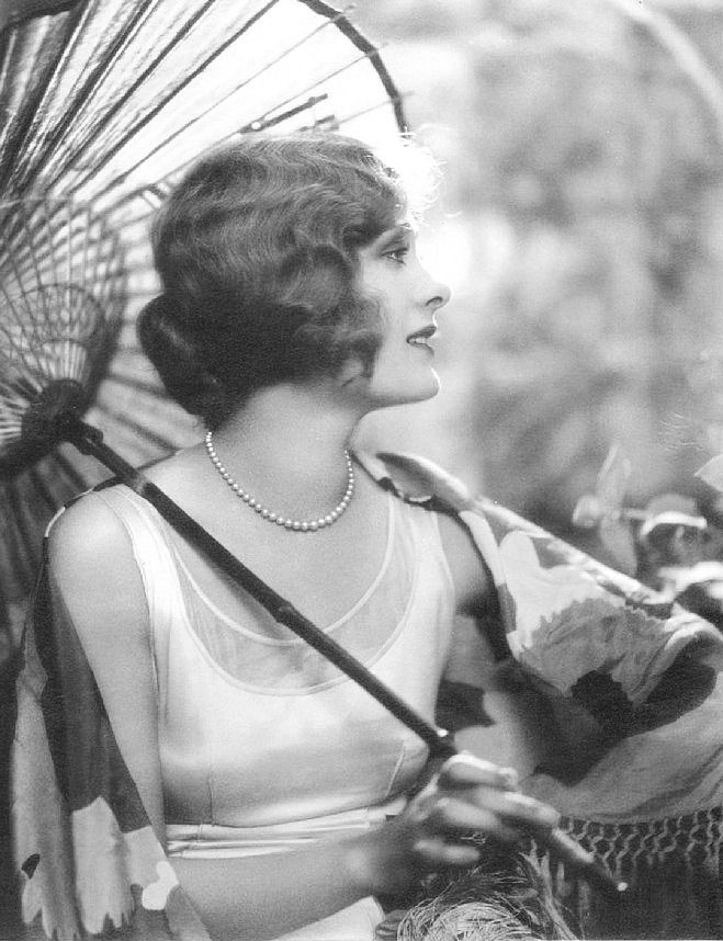 """ Silent film star Dolores Costello, 1927 Wife of John Barrymore, mother of John Drew Barrymore, grandmother of Drew Barrymore """