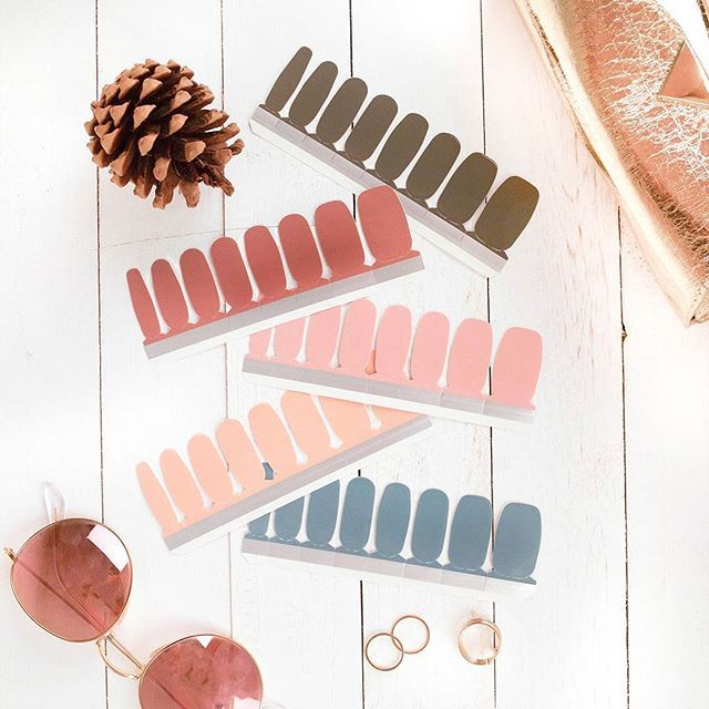 Say hello to ultra-versatile autumn color: introducing the State of Mind collection, comprised of five gorgeous, wear-with-everything shades to suit every mood. Click the link in our profile to find your new fall favorite. #incoco #neutralnail #nailsofinstagram #fallstyle #minimalchic