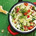 Couscous salade met komkommer, paprika en koriander