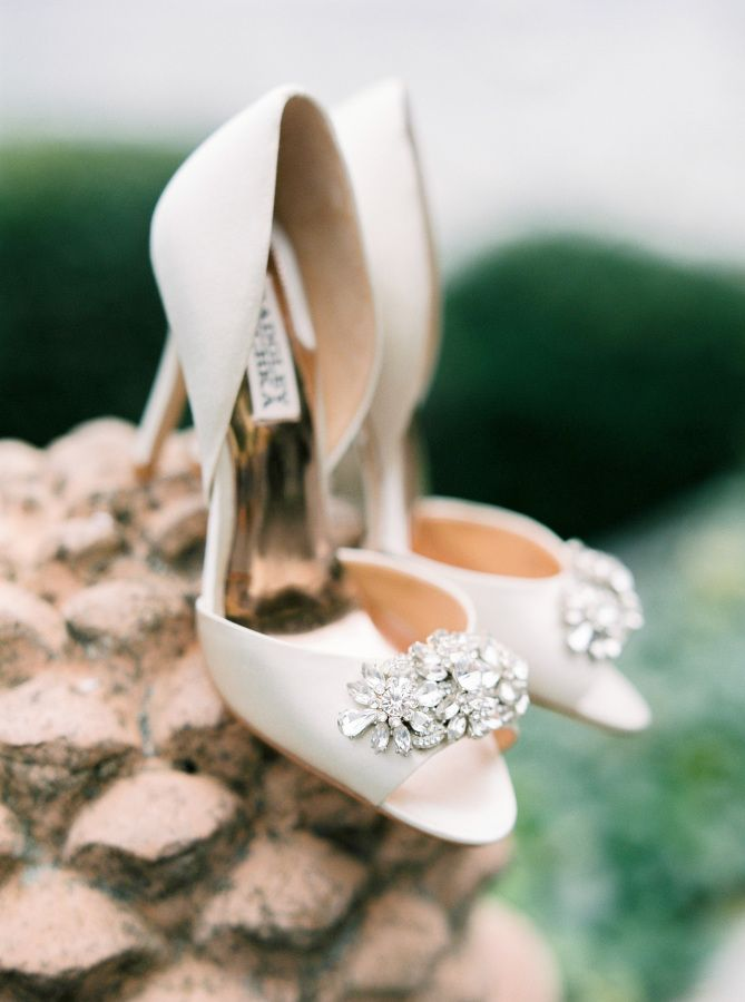 Classic white Badgley Mischka wedding shoes: http://www.stylemepretty.com/2016/02/01/al-fresco-lake-como-wedding/   Photography: The Cab Look Foto Lab - http://www.thecablookfotolab.com/