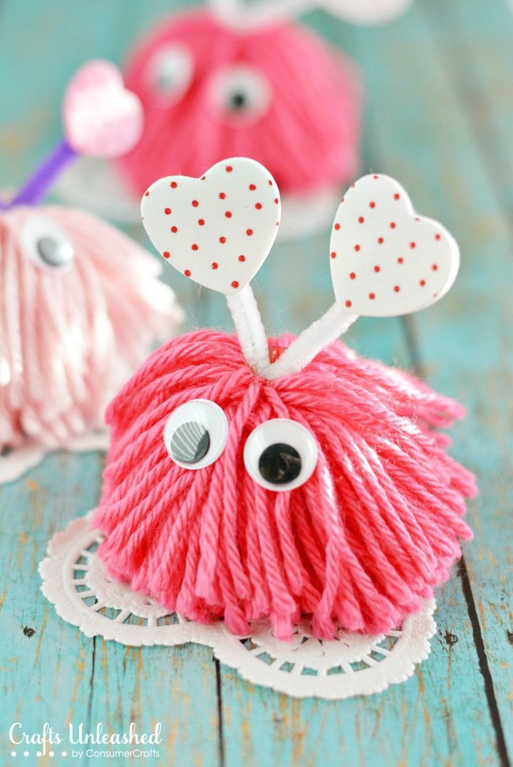 Any chance to make a Pom Pom! And these adorable Valentines Day cuties are a perfect reason! Valentine-craft-monsters-Crafts-Unleashed-1