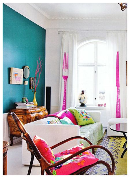 Ellison is insisting that this dark teal color is what she wants on her bedroom walls. Totally doable like this, paired with white and bright, fun colors!