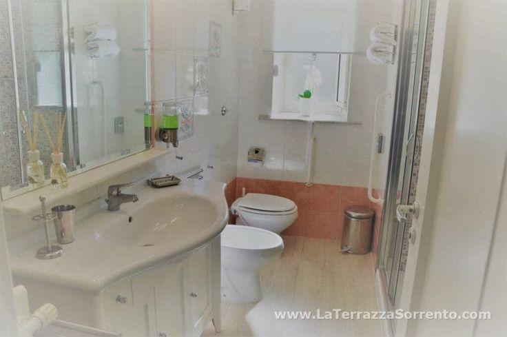 17 migliori idee su bagni con doccia su pinterest houzz for 2 bagni piccola casa