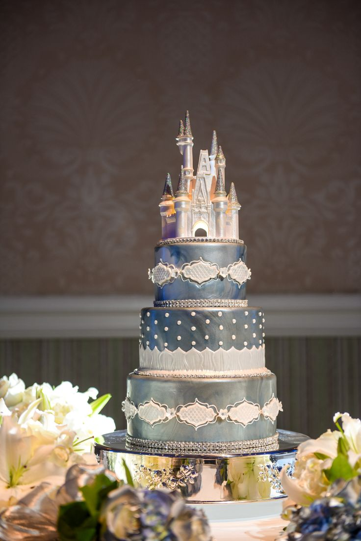 dream world wedding cakes 171 best images about disney tale wedding ideas on 13750