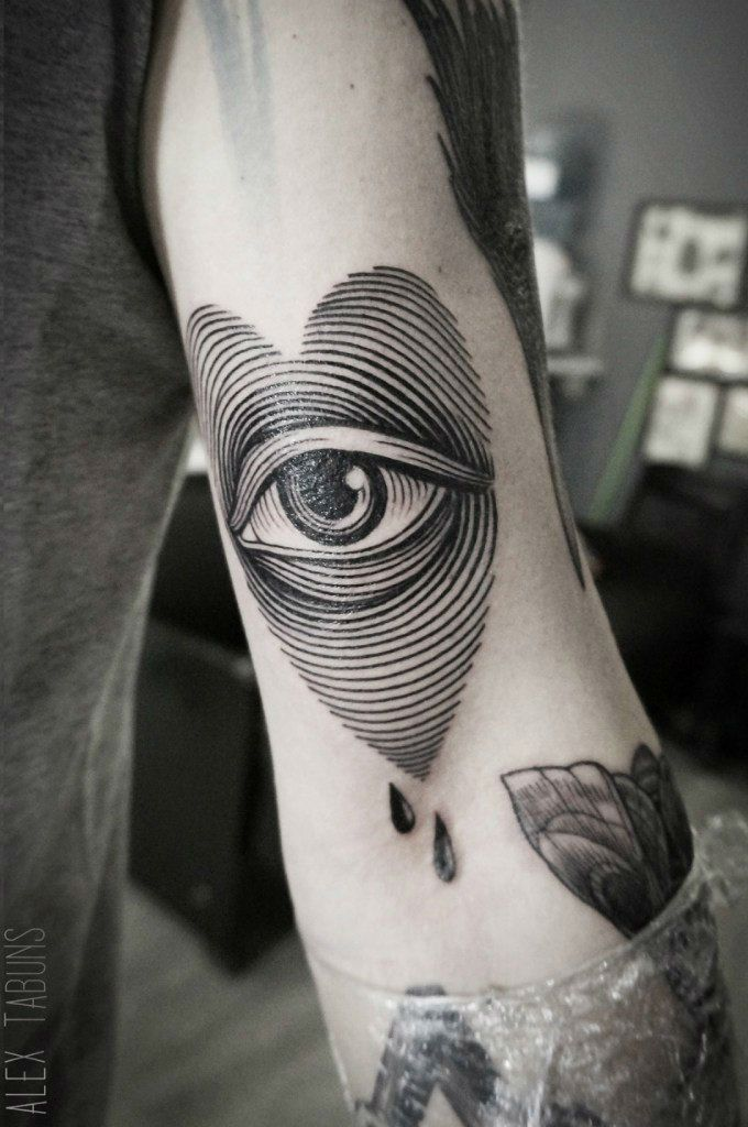 how to become a tattoo artist apprentice uk