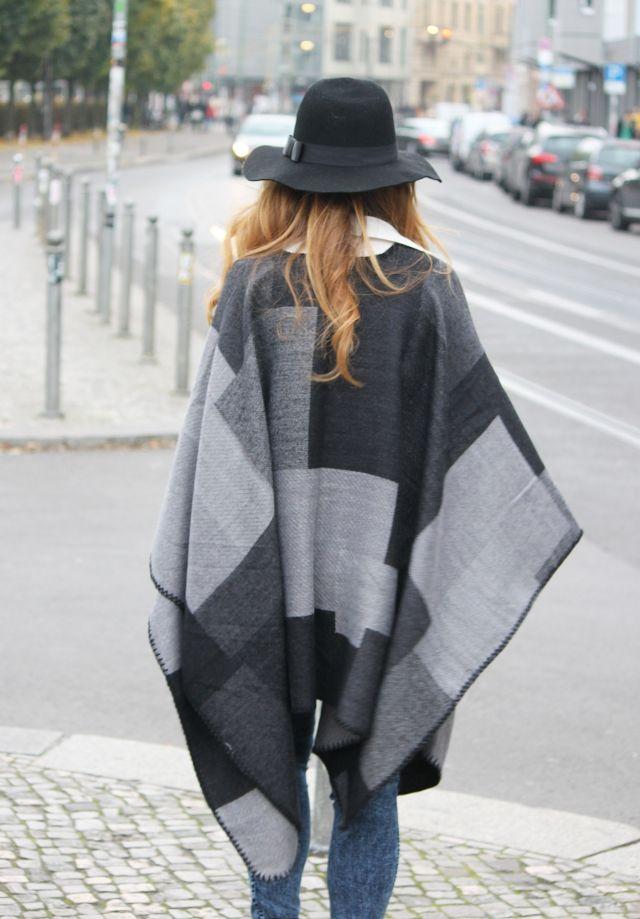Look con capa. Look con Fedora. Look de otoño. A trendy life. #trendylook #boholook #autummlook #lookconcapa #fedora #hat #mango #americanapparel #elvestidordelamoda #romwe #pieces #mark&spencer #outfit #fashionblogger #atrendylife www.atrendylifestyle.com