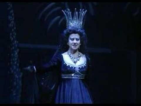 """La reina de la noche, en mi opera preferida """"La flauta mágica"""""""