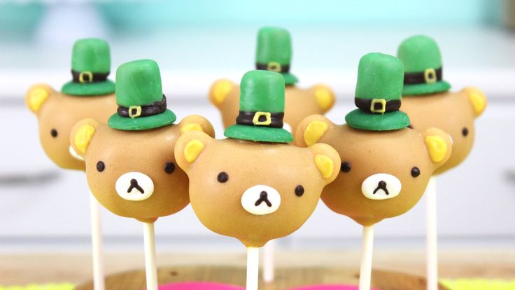 These St. Patrick's Day Rilakkuma cakes pops would be the perfect treat for the holiday, and sure to bring you some good luck :-) Even if you don't make them...
