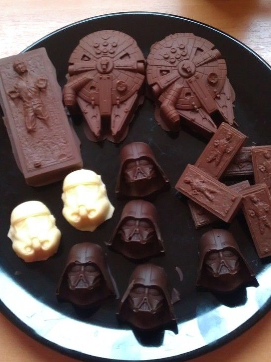 Star Wars Chocolates: Dark Side & Light Side