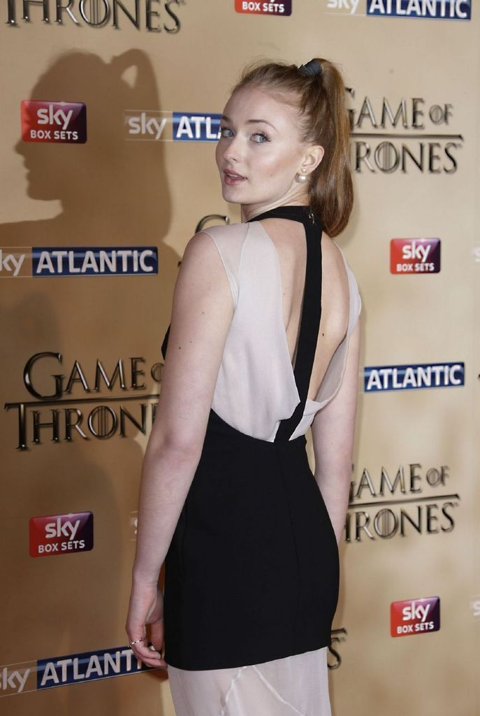 Sophie Turner - Game of Thrones Season 5 World Premiere : Global Celebrtities (F) FunFunky.com