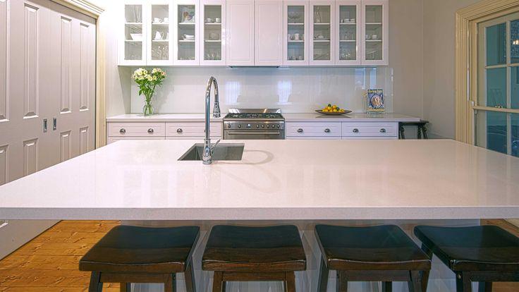 White Colour Kitchen Glass Splashbacks - Oversized 4.5 Metre Long Kitchen Glass Splashbacks - Geelong West - www.geelongsplashbacks.com.jpg 3,200×1,800 pixels