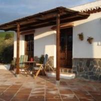 Casa Las Olivas, Alora, Casa Las Olivas bevindt zich tussen de bergen van El Chorro en El Torcal en is gelegen tussen de Spaanse dorpen Álora en Valle d