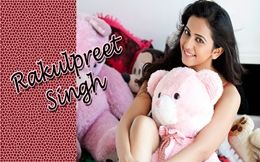 Rakul Preet Singh Cute With Teddy Wallpapers