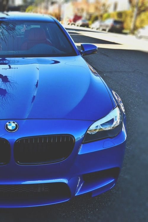 The personal goal that I have is to have a BMW M5. To do this I will try to work hard and earn a lot of money.