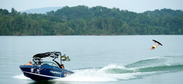New 2012 Supra Boats Sunsport 21 V Ski and Wakeboard Boat Photos- iboats.com 1