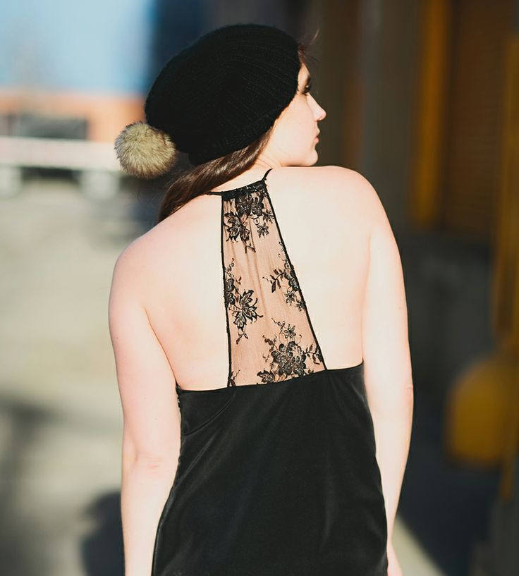 Jes Black & Lace Shift Dress