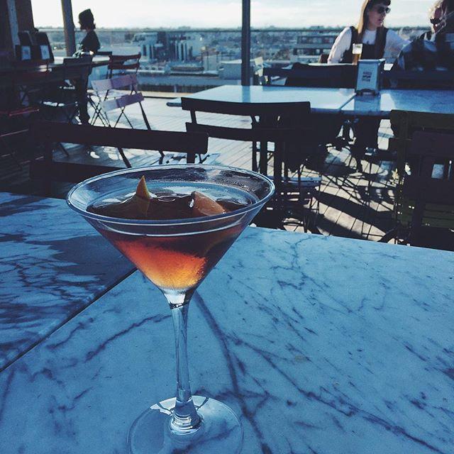 Cocktail with a view 👌 — #nakedforsatan #nakedinthesky #melbournebars #cocktail #drinkporn #fitzroy #melbourne #australia #tourist #explore #backpacker #travel #instatravel
