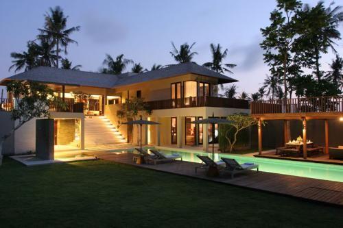 Villa Canggu Frontside View