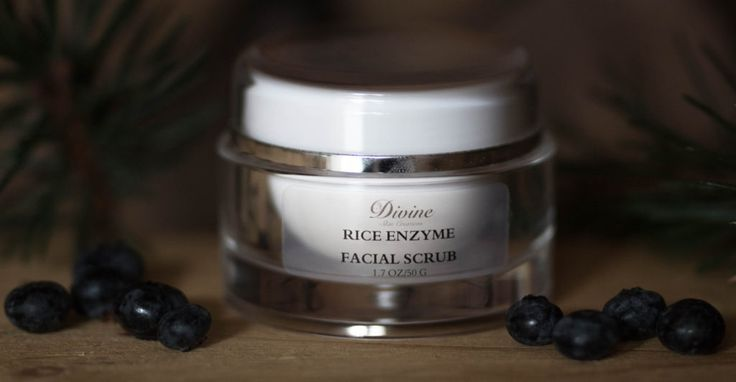 Rice Enzyme Facial Scrub - This scrub restores the luminosity and natural brightness of healthy skin tone. It also exfoliates and inhibits the melatonin reducing age spots. | Divine Skin Creation's Product