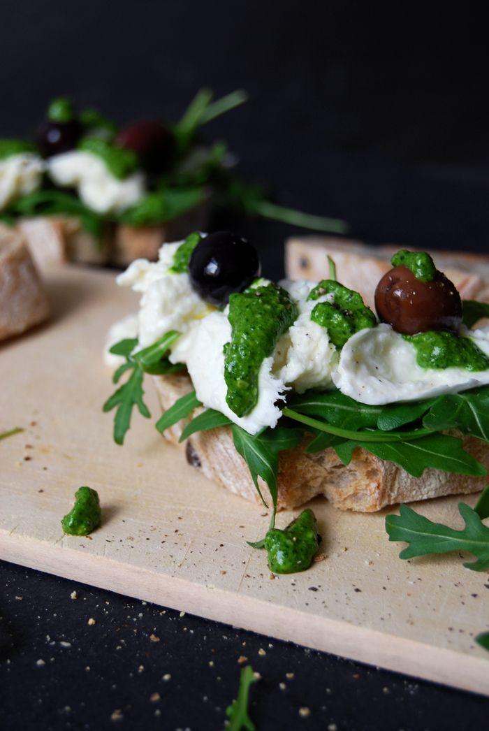 Spinach Pesto and Mozzarella di Bufala Sandwich with Black Olives ° eat in my kitchen