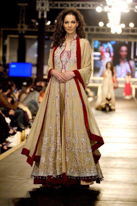 Pakistani Wedding Dresses luxurious Designs