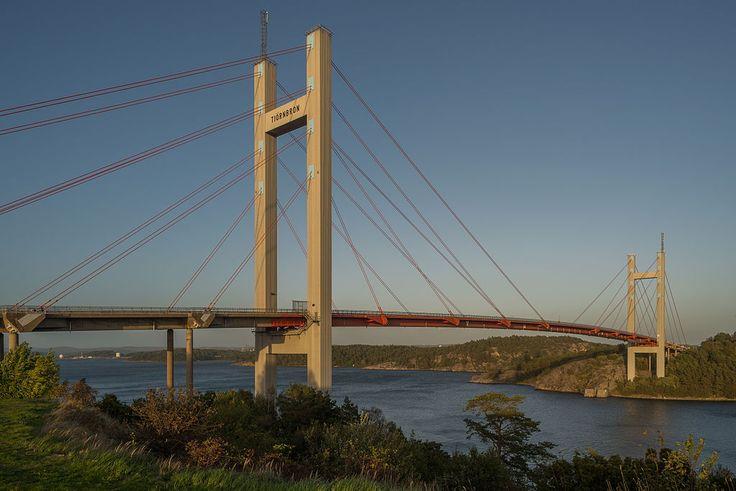 Tjörnbron September 2014 02 - Tjörn Bridge - Wikipedia, the free encyclopedia