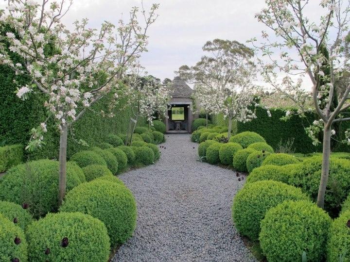 Paul Bangay garden
