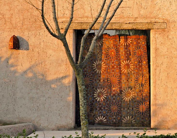 Arquitectura - Paisajismo - Ricardo Pereyra Iraola - Buenos Aires - Argentina - Casa - Entrada - Puerta - Madera