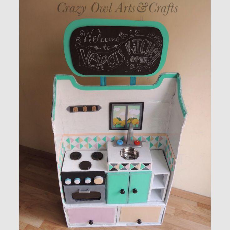 Cocina de juguete en cartón | Cardboard playkitchen. Crazy Owl Arts&Crafts