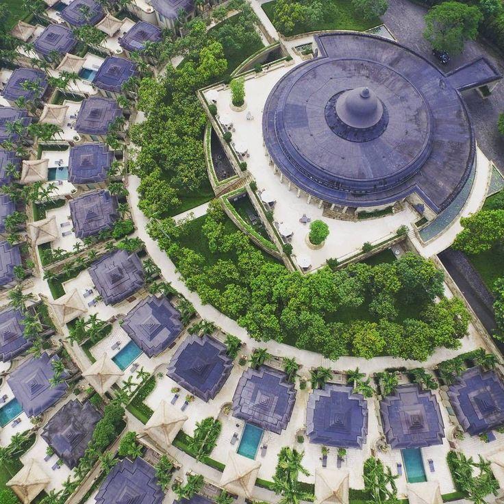 Everything looks beautiful from up here! Amanjiwo Luxury Resort & Hotel, Yogyakarta, Indonesia Photo by: Caesario IG: @caesariop