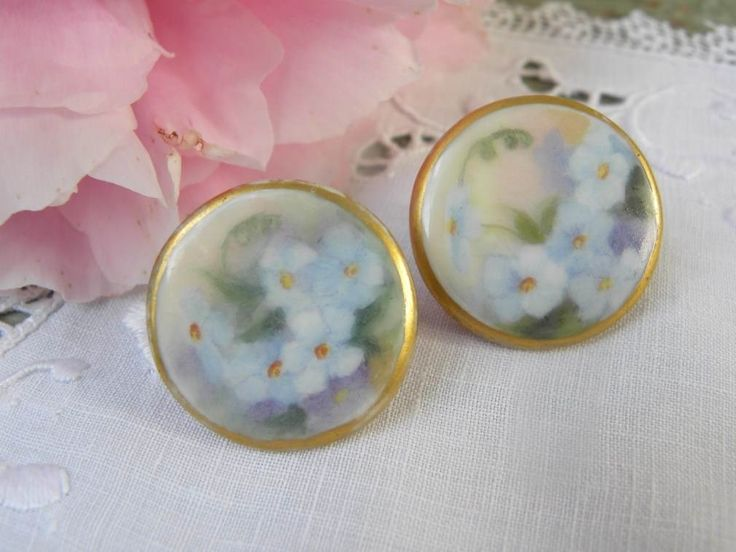 The Pink Rose Cottage - Antique Victorian Hand Painted Forget-Me-Not Buttons