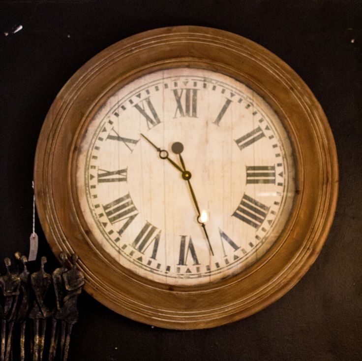 10 best horloges avec des capsules images on pinterest beer cans large wooden wall clock scrtmsgs fandeluxe Choice Image