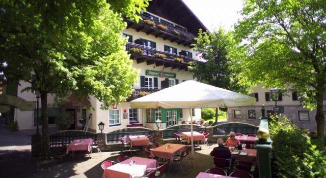 Hotel & Landgasthof Ragginger - 4 Star #Hotel - $82 - #Hotels #Austria #NussdorfamAttersee http://www.justigo.ca/hotels/austria/nussdorf-am-attersee/landgasthof-ragginger_51281.html