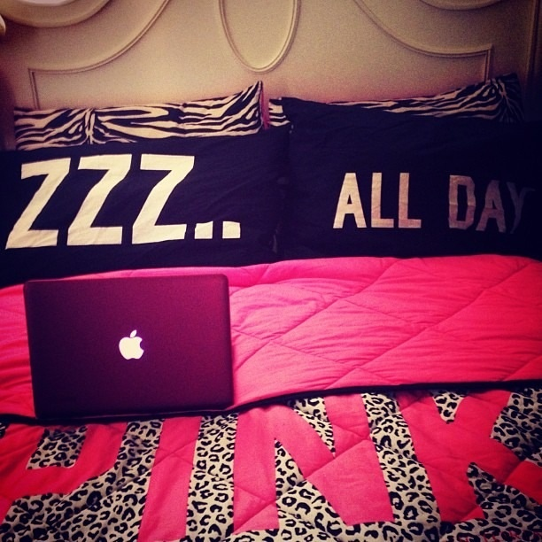 Ahh    Those are the perfect pillows and life for me. 59 best Victoria Secrets Bed sets images on Pinterest