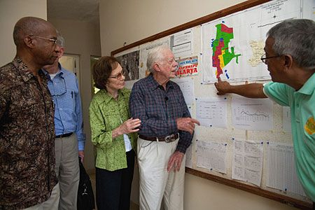 Efforts to eliminate malaria and lymphatic filariasis from the Caribbean island of Hispaniola were underscored Oct. 7-8 during a visit by former U.S. President Jimmy Carter and a Carter Center delegation.