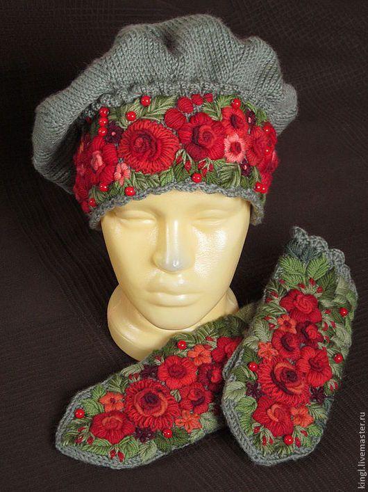 Береты ручной работы. Ярмарка Мастеров - ручная работа. Купить берет зеленый с ручной вышивкой Калина красная. Handmade.