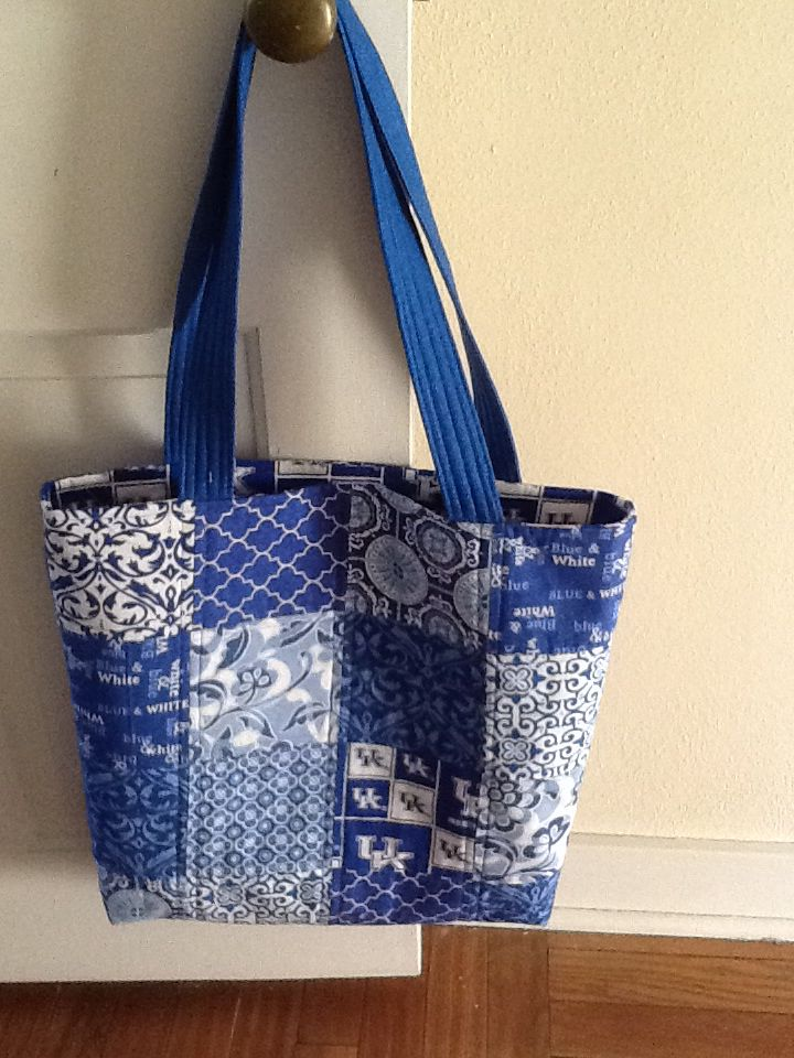 University of Kentucky tote bag.  Lining is University of Kentucky fabric.