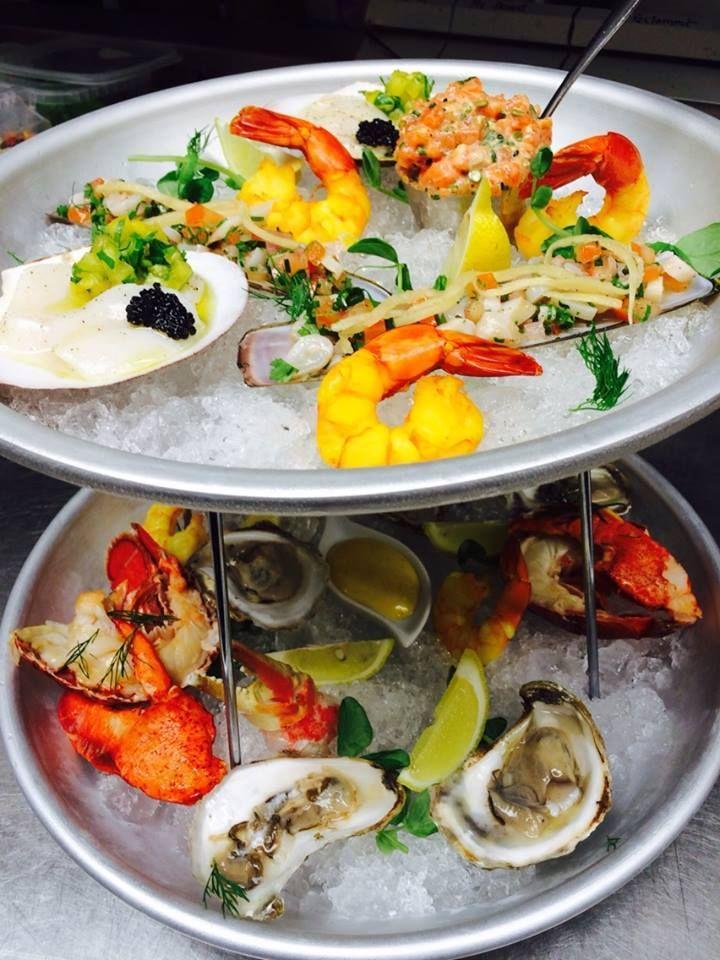 Coup de cœur gourmand ! Le plateau de fruits de mer du Poivre Noir #fruitdemer #seafood #bouffe #crevette