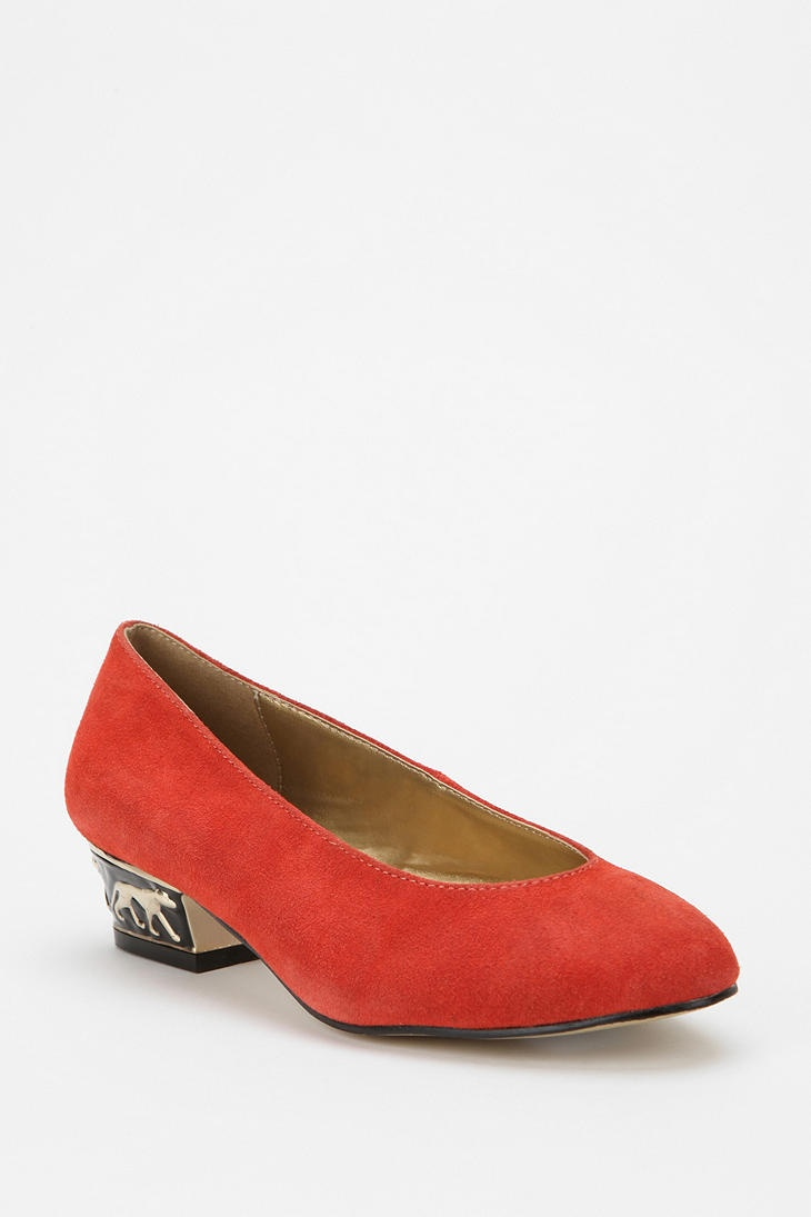 Suede shoes are trending right now. Get hold of one on www.GetTheLook.in