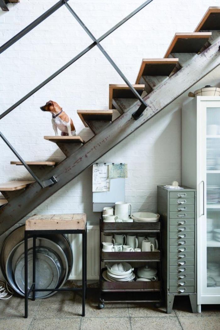 Plus de 1000 id es propos de escaliers sur pinterest m taux maison et es - Escalier metallique industriel ...