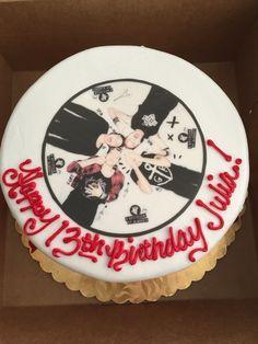 torta pastel 5sos - Buscar con Google