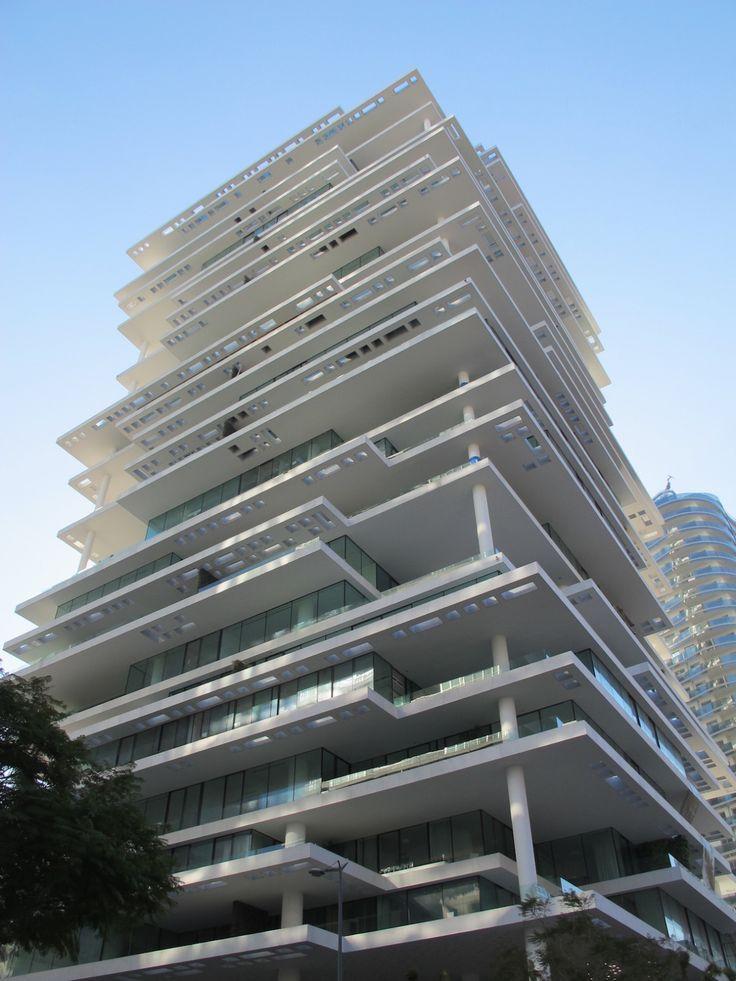 Die besten 25 ber hmte geb ude ideen auf pinterest - Beruhmte architekten des 21 jahrhunderts ...