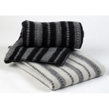 Wool planket from LyckaForm.se in a traditional swedish pattern, comes in several colors