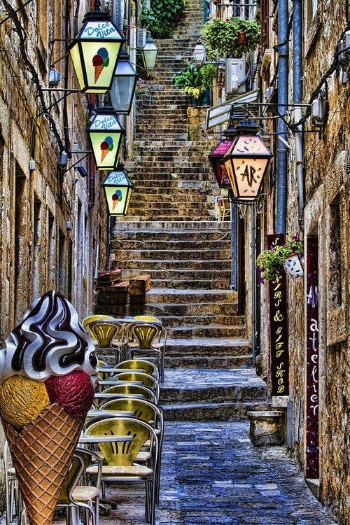 Absolute-must-do things to do in Croatia.  Dubrovnik, Croatia. Photo credit: http://tassels.tumblr.com/post/33089217487/dubrovnik-croatia